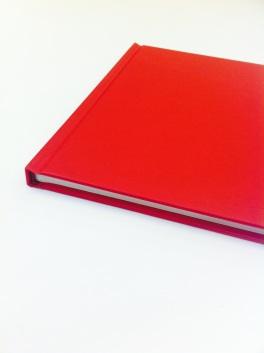 Recull de mails en format llibre.
